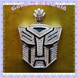 Other - 🆕⭐️Iced out Mega Robot Pendant⭐️Transformers